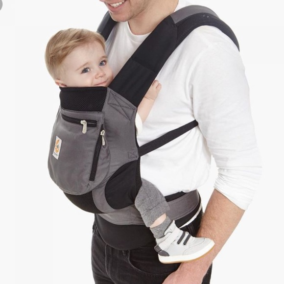 charcoal and black performance carrier ergobaby